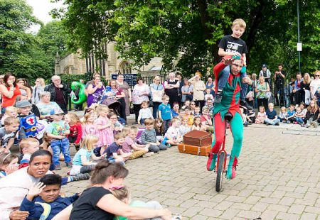 Chesterfield Medieval Fun Day - Jester